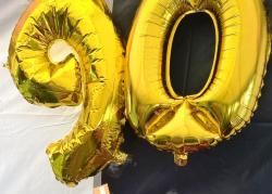 90th gold balloons