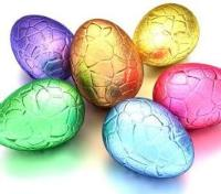 6 Easter eggs in bright foil wrapping